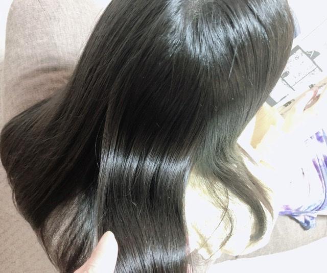 ケアプロ使用後の髪の写真